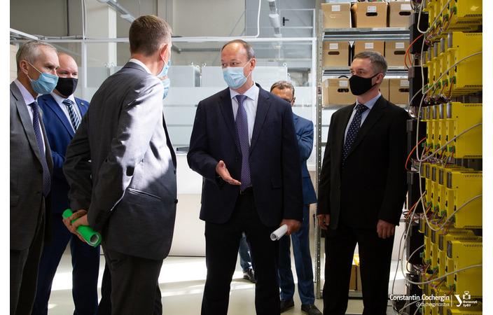 Производственный центр компании «Прософт-Системы» посетил министр промышленности и науки Свердловской области
